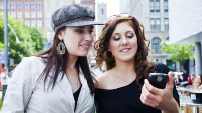 Helemaal stijlvol en trendy de zomer in? Dat kan met je eigen Smartphonehoesje!
