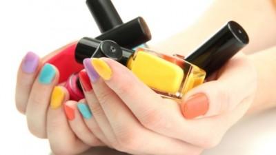 10 Geheimen over nagels lakken